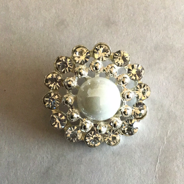 25mm Pearl and Diamanté Shank Buttons