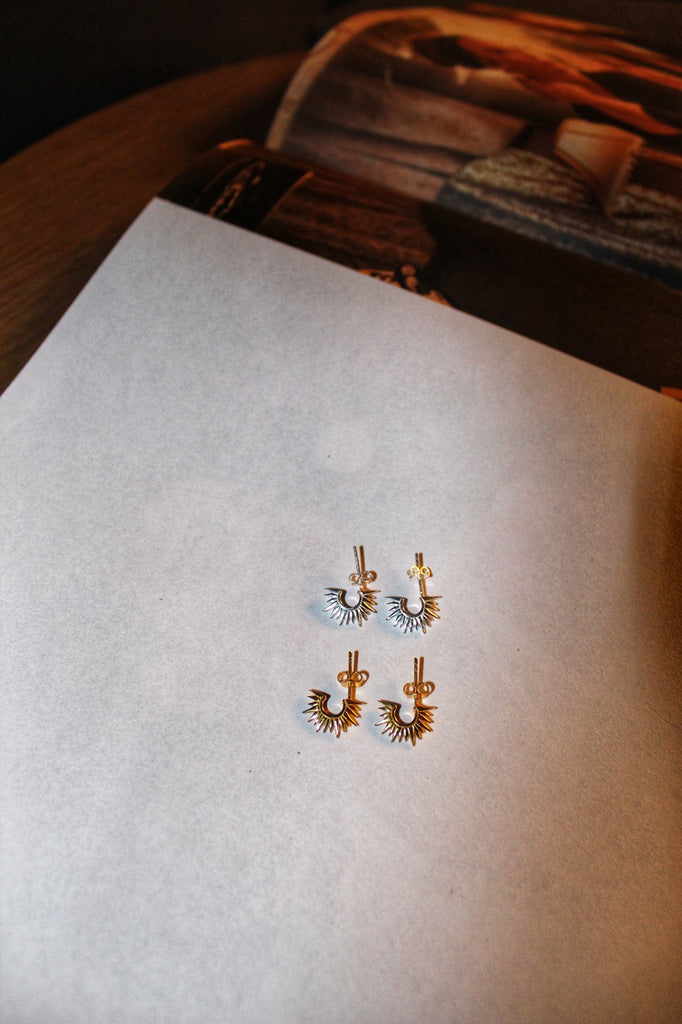 Solis Mini Earrings - Gold