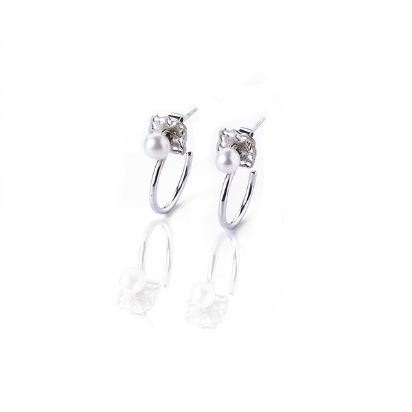 S Pearl hoop earrings - Silver