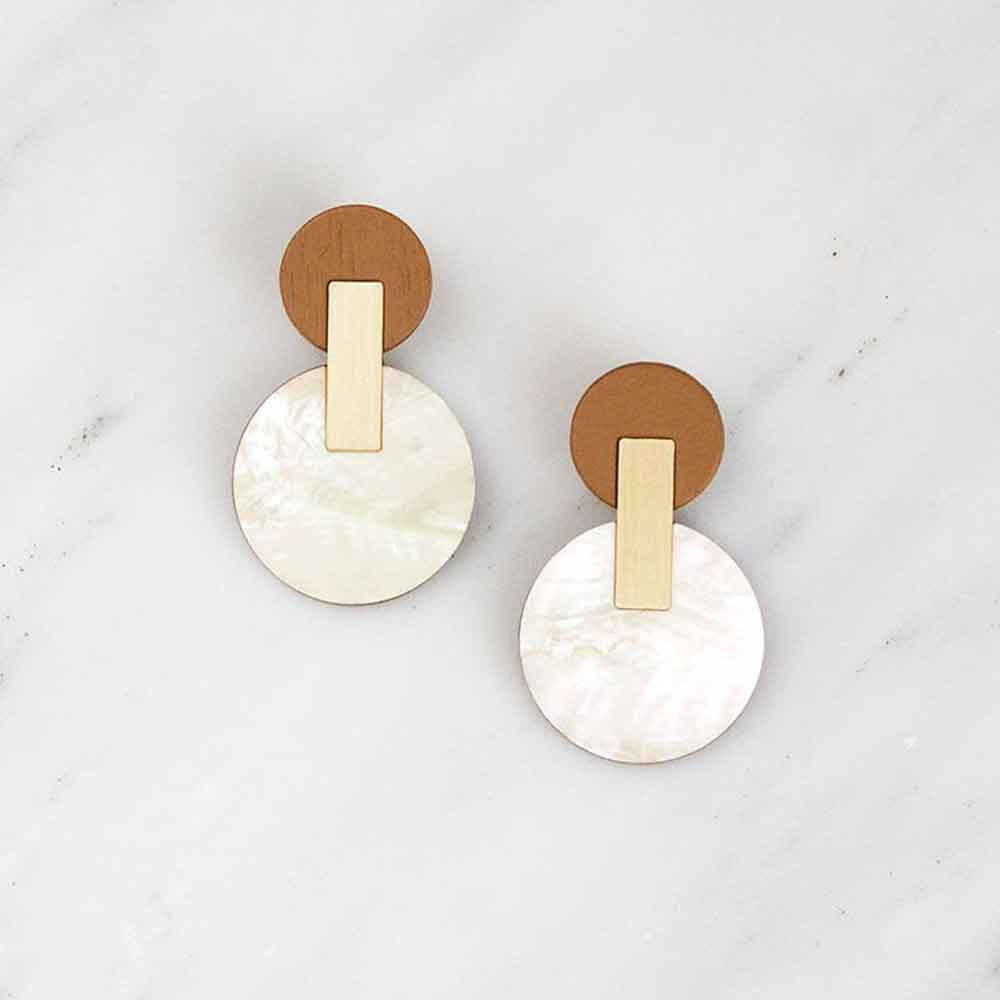 Celeste Earrings - Mother of Pearl