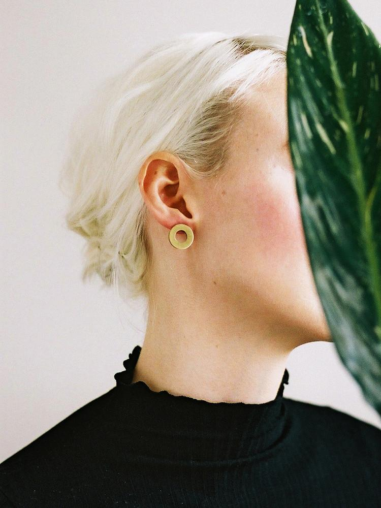 Disc Studs Earrings - Brushed Brass