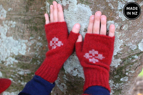 Cosy Kiwi Childs Fingerless Mitten Kids