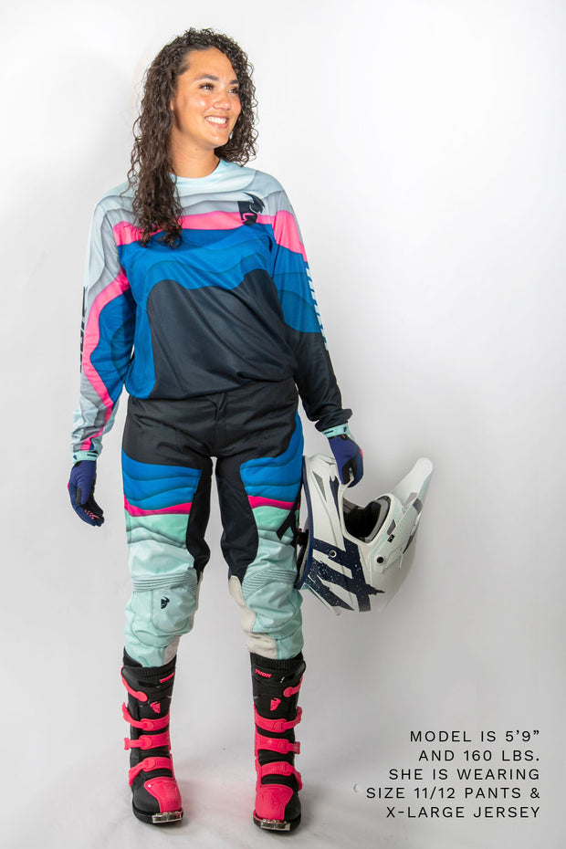 Blue Pulse Depths Women's Kit