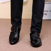 Men Stylish Pure Color Slip On Business Formal Dress Shoes
