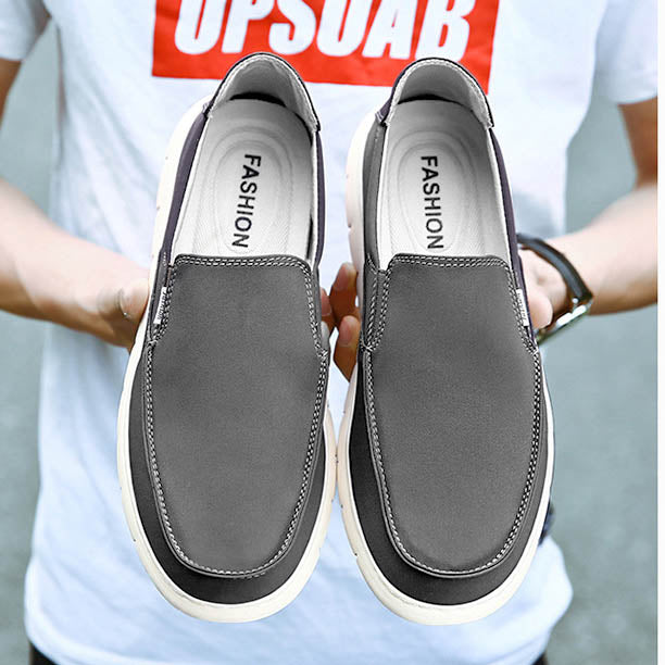 Men's Fashionable Casual Canvas Solid Colors Comfortable Flat Slip Shoes