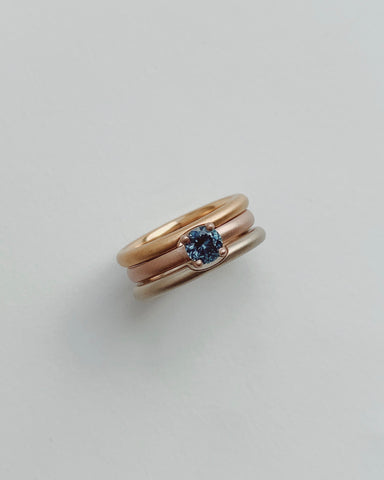 18k Venetian Rose Gold Solitaire with .59ct Round Montana Sapphire