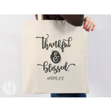 Thankful and Blessed Momlife. Gift idea for mom. Tote Bag. Shopping Bag.