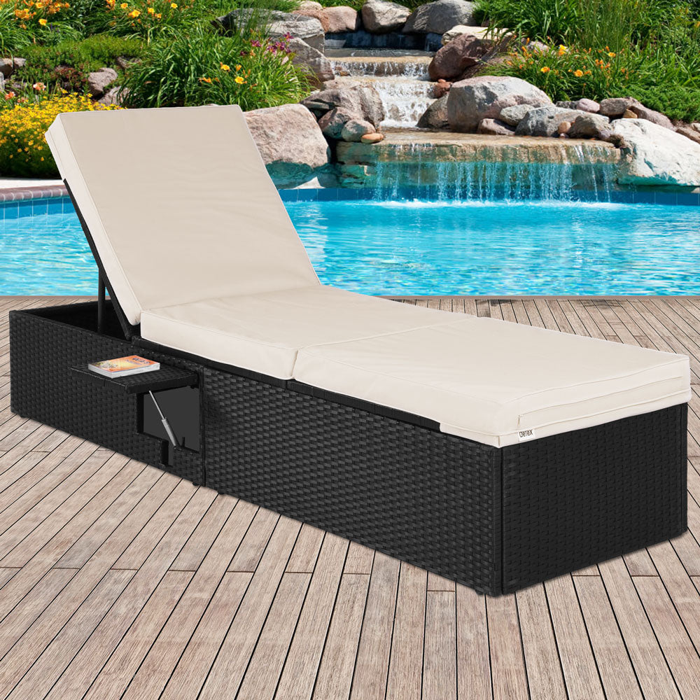 Single Rattan Sun Lounger 1 Table
