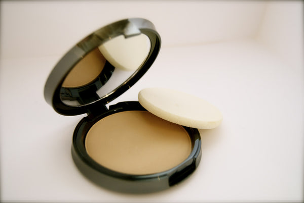 Deborah Koepper Beauty Foundation Compact