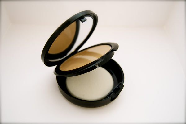 Deborah Koepper Beauty 3 level Foundation Compact