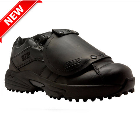 Shoes: 3N2 Reaction Low-Cut Umpire Plate Shoes -- Solid Black (SH-32PL)