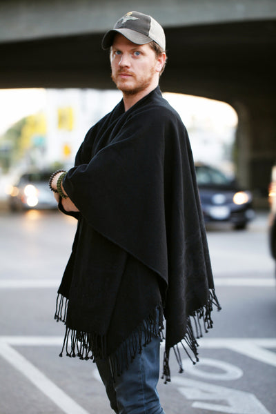Senor Tyrone Black mens poncho
