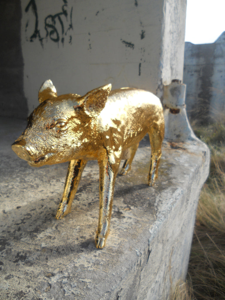 Harry Allen Piggy Bank in Gold - Hattan Home - 3