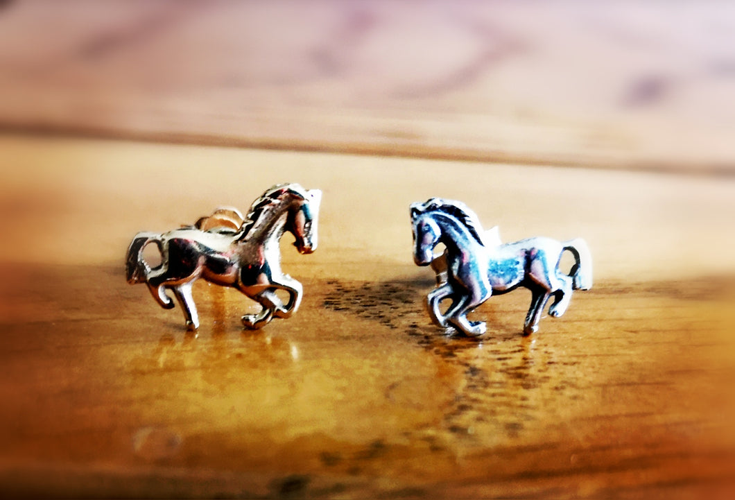 Small Silver Horse Stud Earrings 2