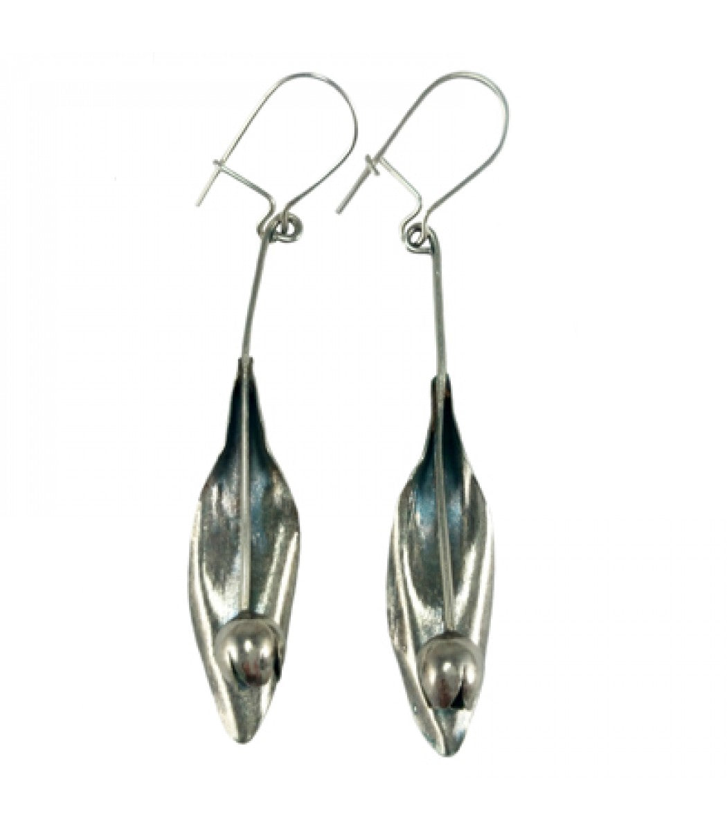 Tulip Dangling Earrings