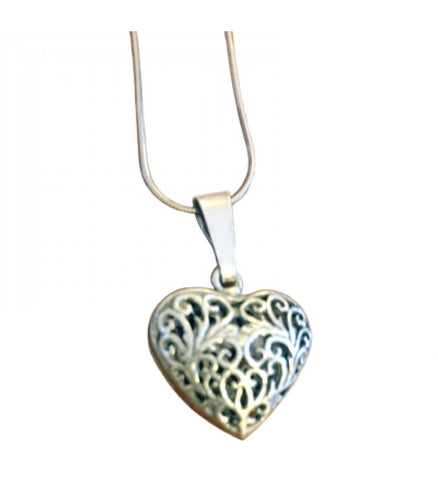 Double-Sided Filigree Heart Necklace