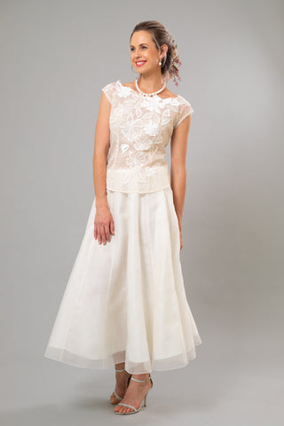 Gypsy Skirt for the Understated Bride