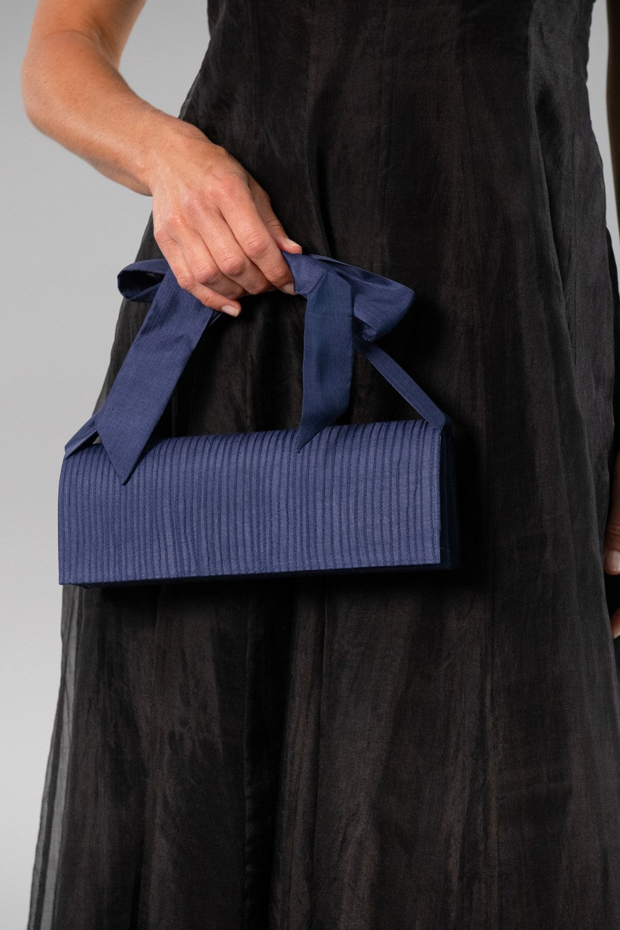 Clutch Pin Tuck - Midnight Blue