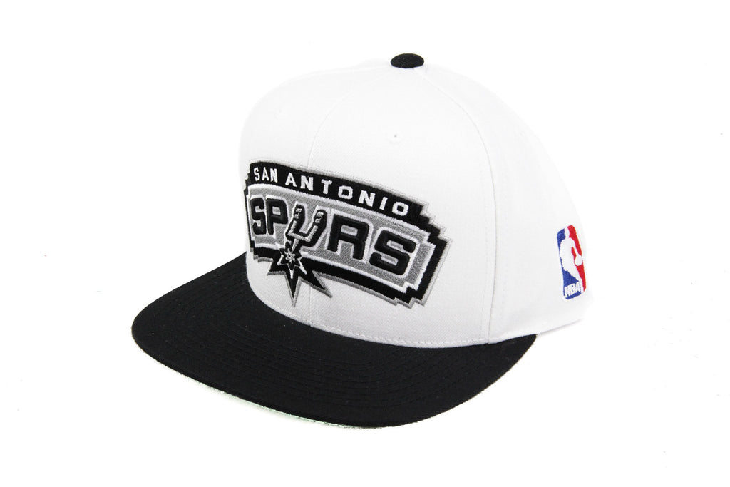 Mitchell and Ness NBA Adjustables, San Antonio Spurs XL Logo White/Black Snapback - Bespoke Cut and Sew
