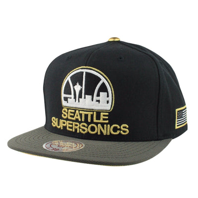 Mitchell and Ness Seattle Supersonics HWC Gold Tip Black/Gray Snapback