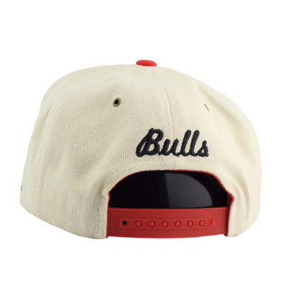 Adidas Chicago Bulls Felt Finished Goods Cream/Red Snapback