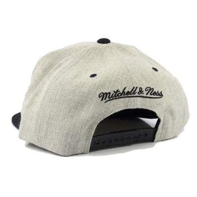 Mitchell and Ness Brooklyn Nets Gray City Bar Gray/Black Snapback