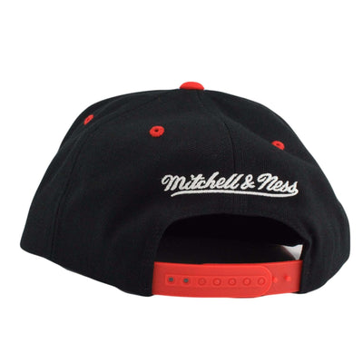Mitchell and Ness Chicago Blackhawks Color Stroke Black/Red Snapback