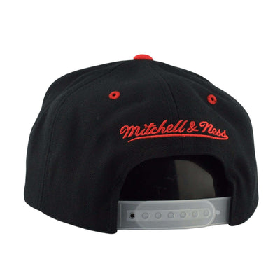 Mitchell and Ness Chicago Bulls 3M XL Logo Black/Gray Snapback