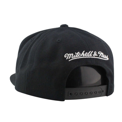 Mitchell and Ness Chicago Bulls City Color Switch Black/Black Snapback