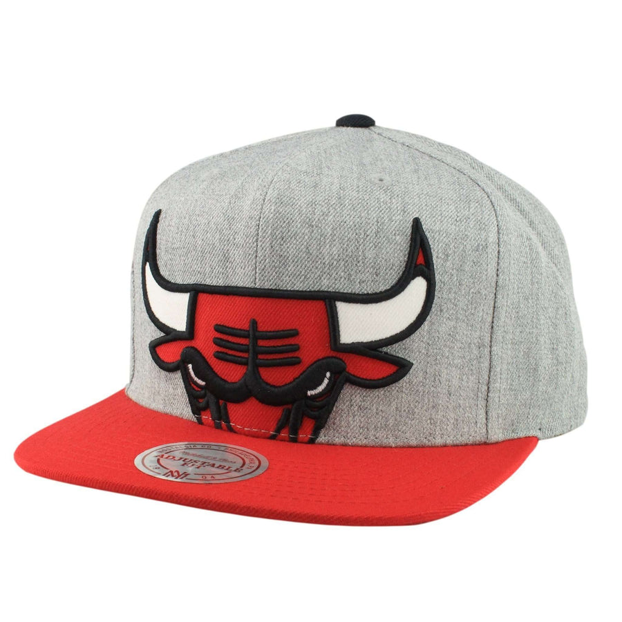 Mitchell and Ness Chicago Bulls Cropped Split Heather Gray Red Snapback 49c6dfefd90e