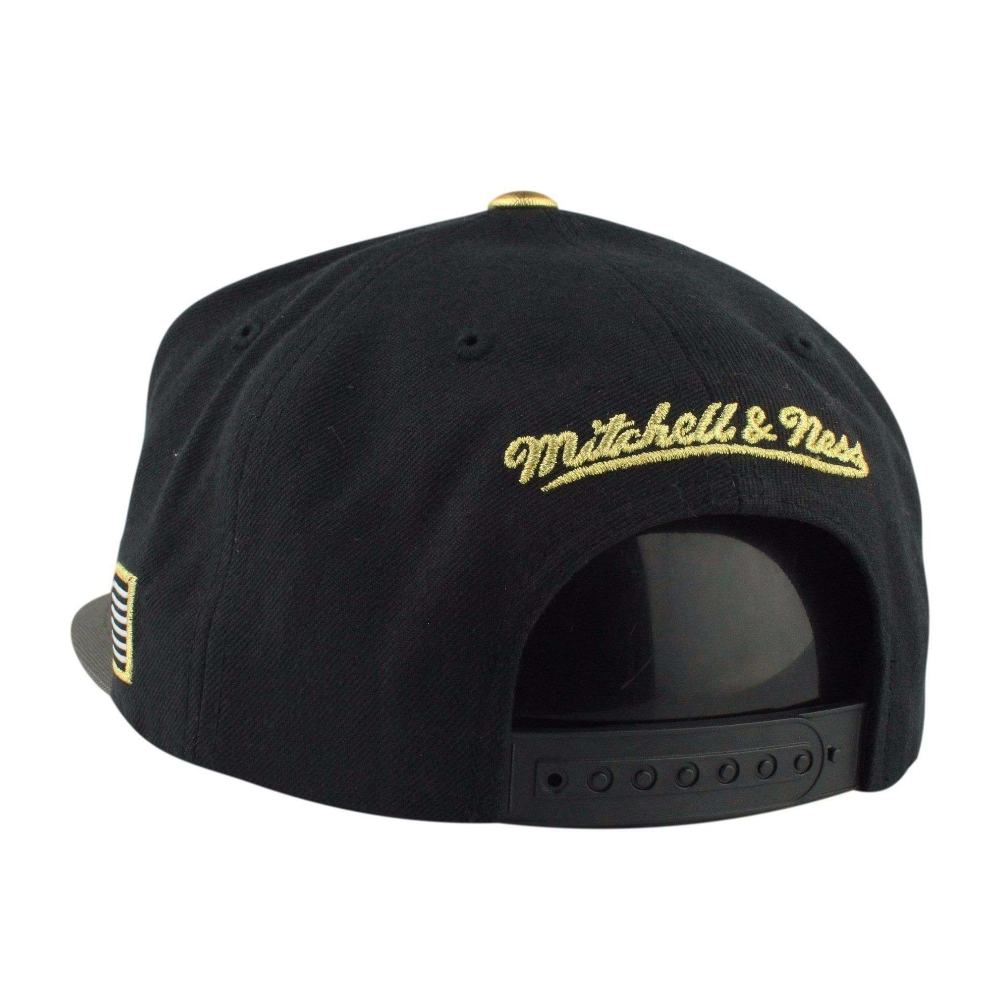 4fa8470ca7a ... free shipping mitchell and ness chicago bulls gold tip black gray  snapback 3465f 34be7