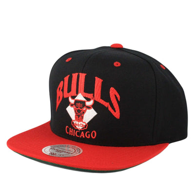 Mitchell and Ness Chicago Bulls Grand Arch HWC Black/Red Snapback
