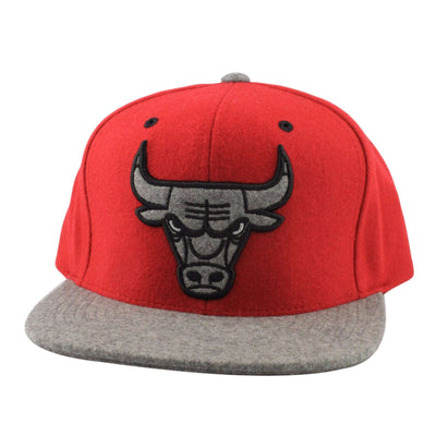 Mitchell and Ness Chicago Bulls Heather Melton Visor Red/Gray Strapback