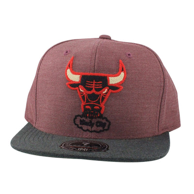 Mitchell and Ness Chicago Bulls Heather Profile Red/Gray Fitted