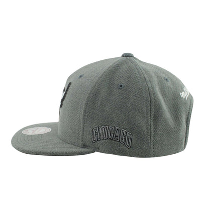 Mitchell and Ness Chicago Bulls Lincoln Gray/Gray Snapback