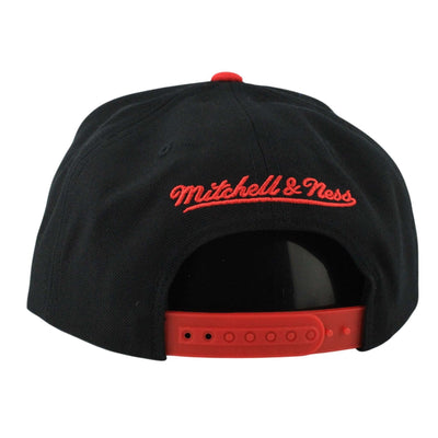 Mitchell and Ness Chicago Bulls Reflective Tri Pop Black/Black Snapback