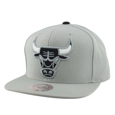 Mitchell and Ness Chicago Bulls Wool Solid Black Logo Gray/Gray Snapback