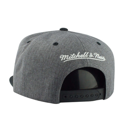 Mitchell and Ness Cleveland Cavaliers Cation 2T Gray/Black Snapback