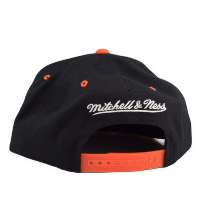Mitchell and Ness Cleveland Cavaliers Color Stroke Black/Orange Snapback