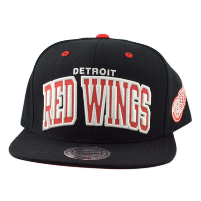 Mitchell and Ness Detroit Red Wings Reflective Arch Black/Black Snapback