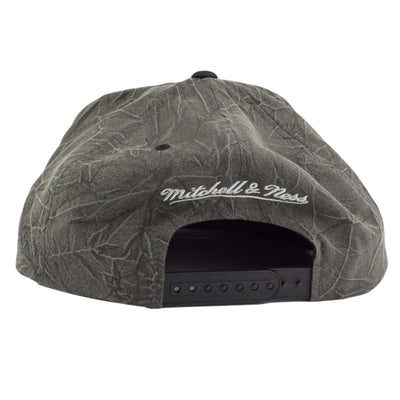Mitchell and Ness Los Angeles Kings Crease Triangle Gray/Gray Snapback