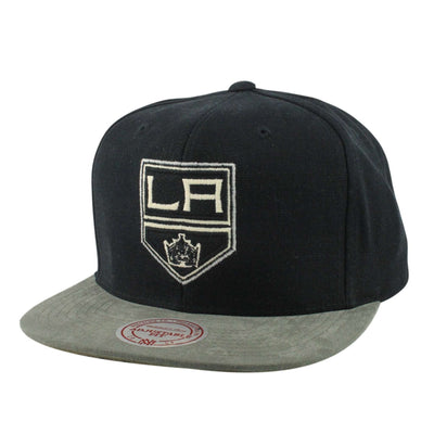 Mitchell and Ness Los Angeles Kings Sandy Off White Black/Gray Snapback