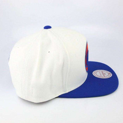 Mitchell and Ness New York Knicks Ball Logo White/Blue Snapback