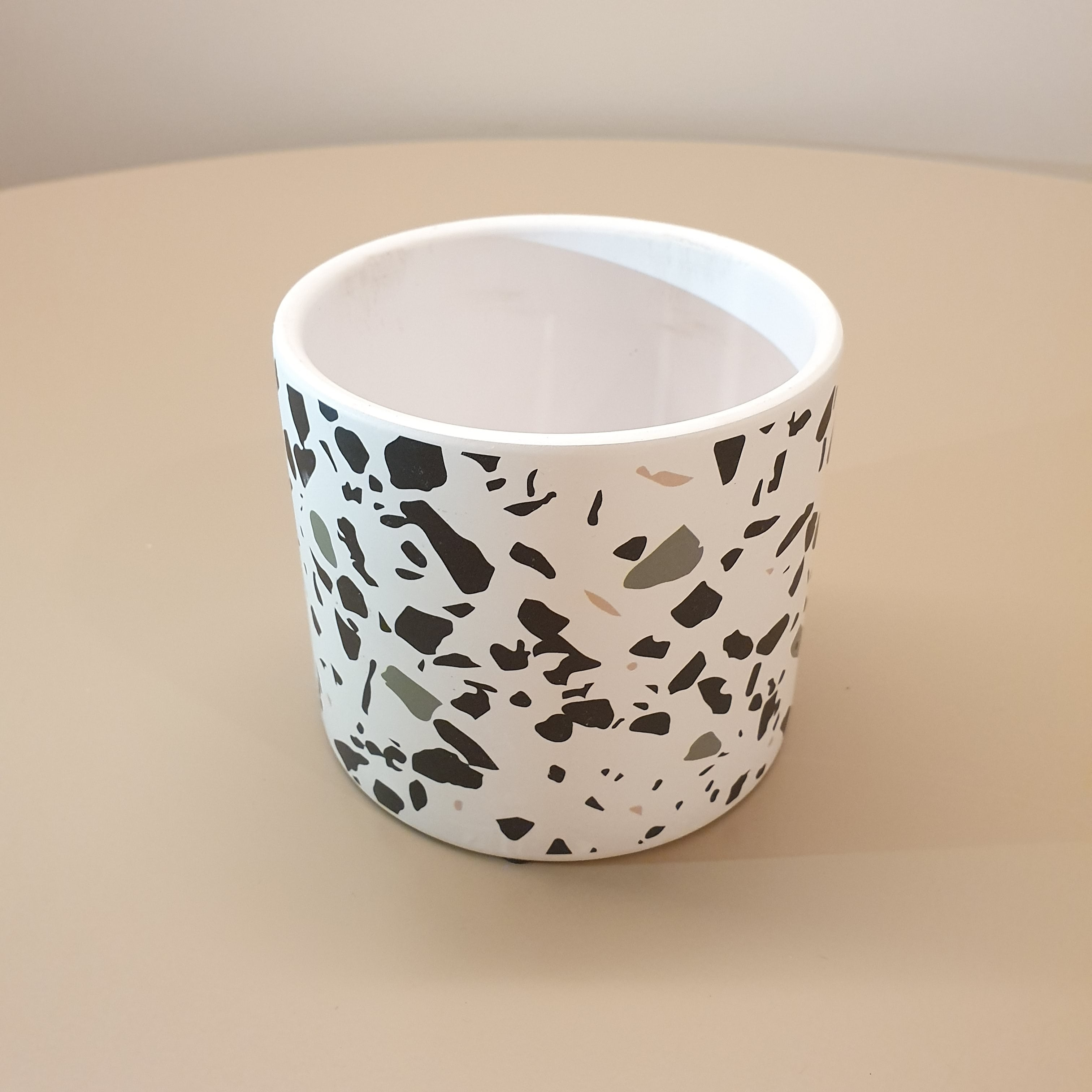 "Nordic Inspired Porcelain Pot ""Grey-themed"" (L)"