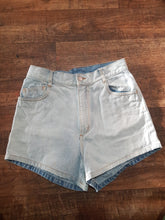 Load image into Gallery viewer, Pre-loved Zulu & Zephyr Denim Shorts with Booty Rip. Size 8
