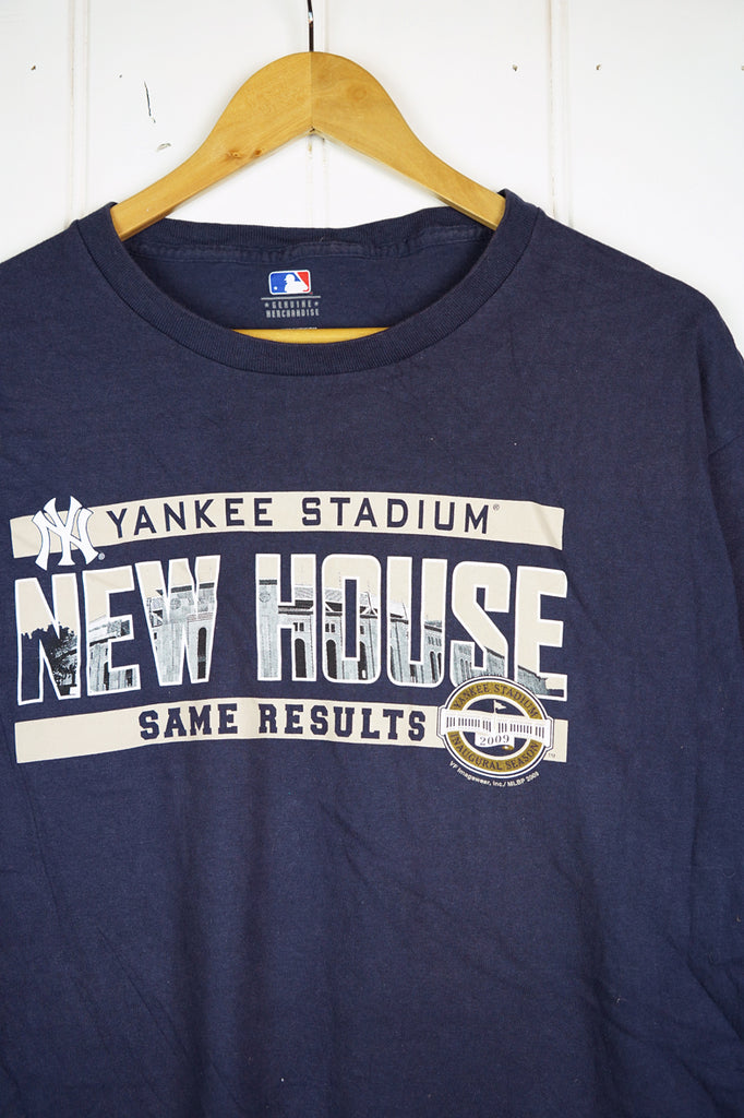 Preloved Sports - New House Yankees Navy Tee - Large