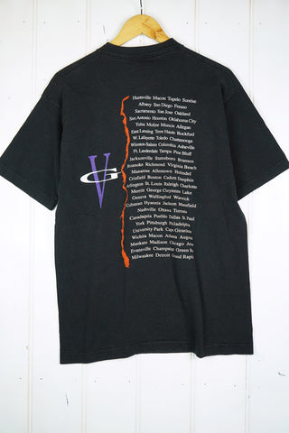 Vintage Music - Vince Gill Black Tee - Large