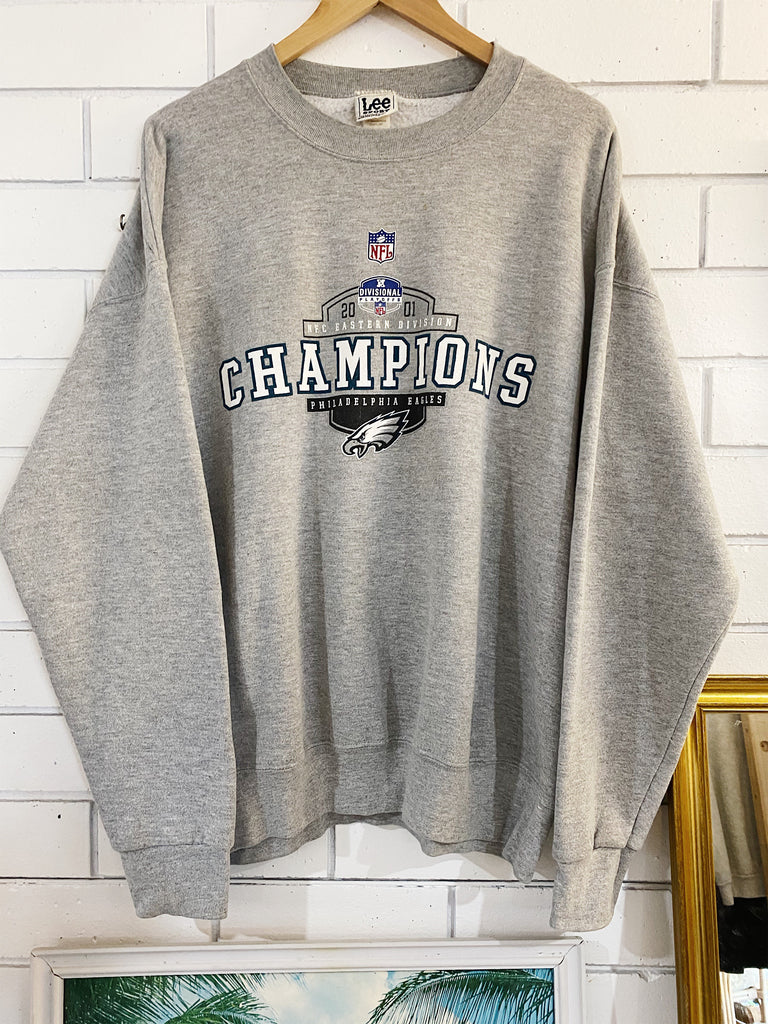 Vintage Sports - 2001 Philadelphia Eagles Grey Sweatshirt - Large
