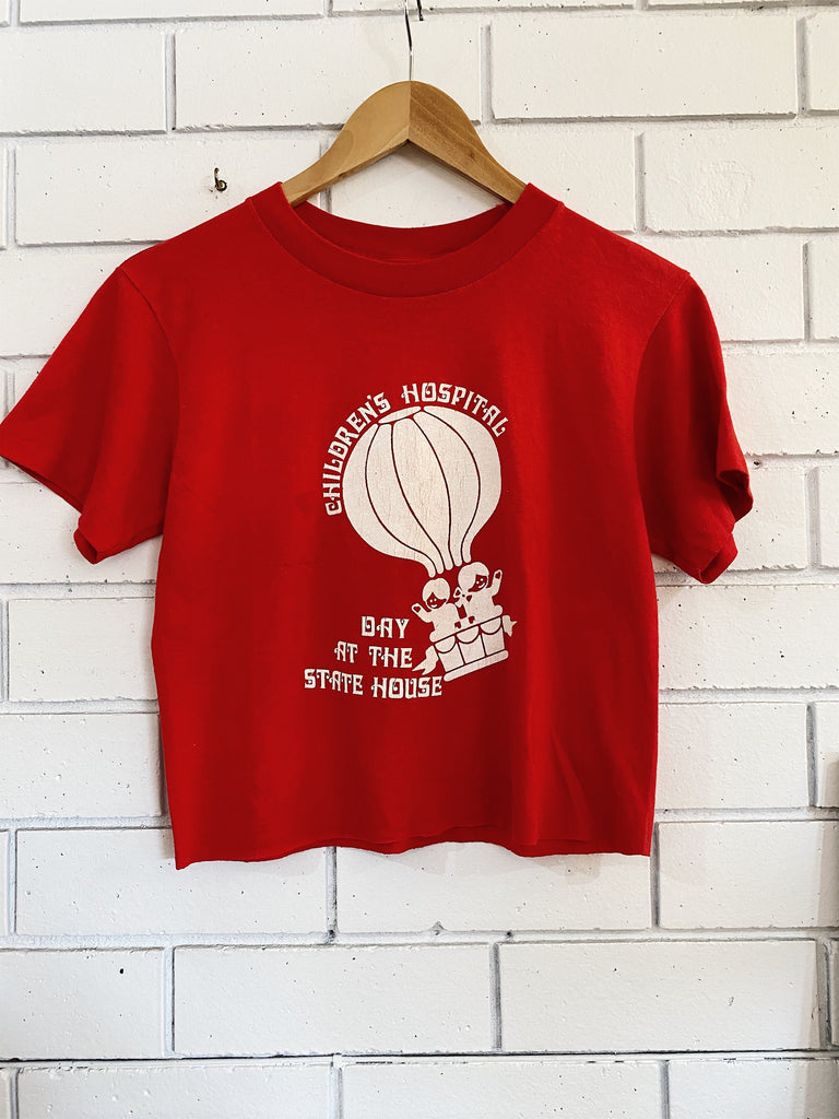 Vintage 50/50 Children's Hospital Cropped Red Tee - Medium