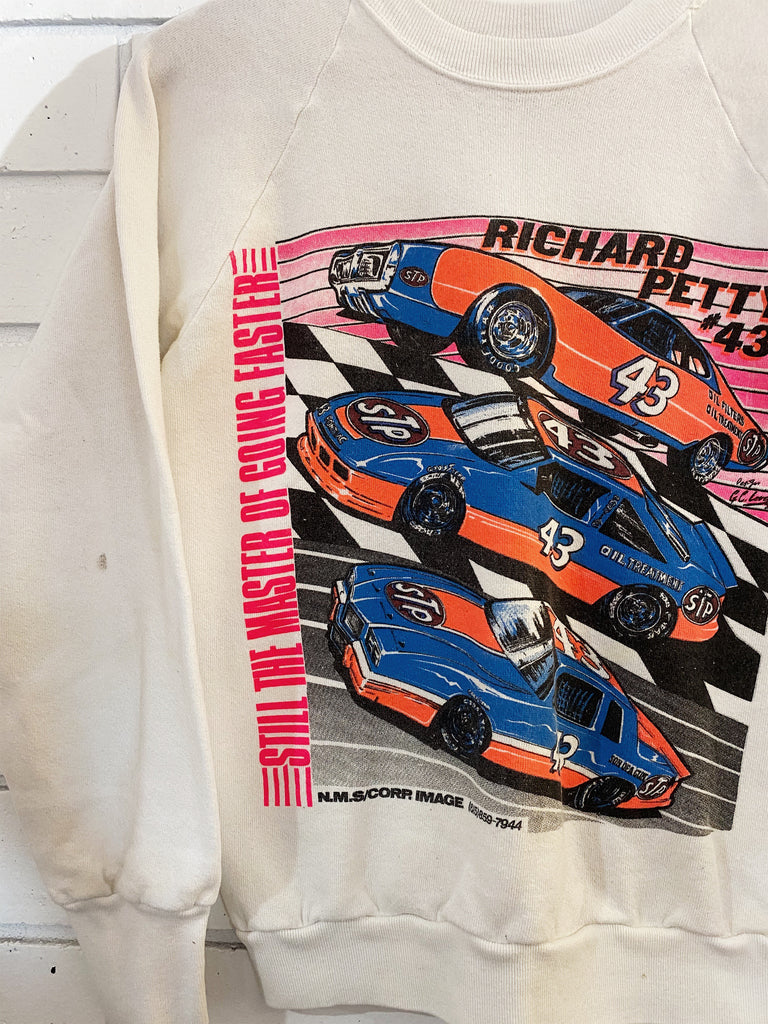 Vintage Nascar - Richard Petty 43 White Sweatshirt - Small